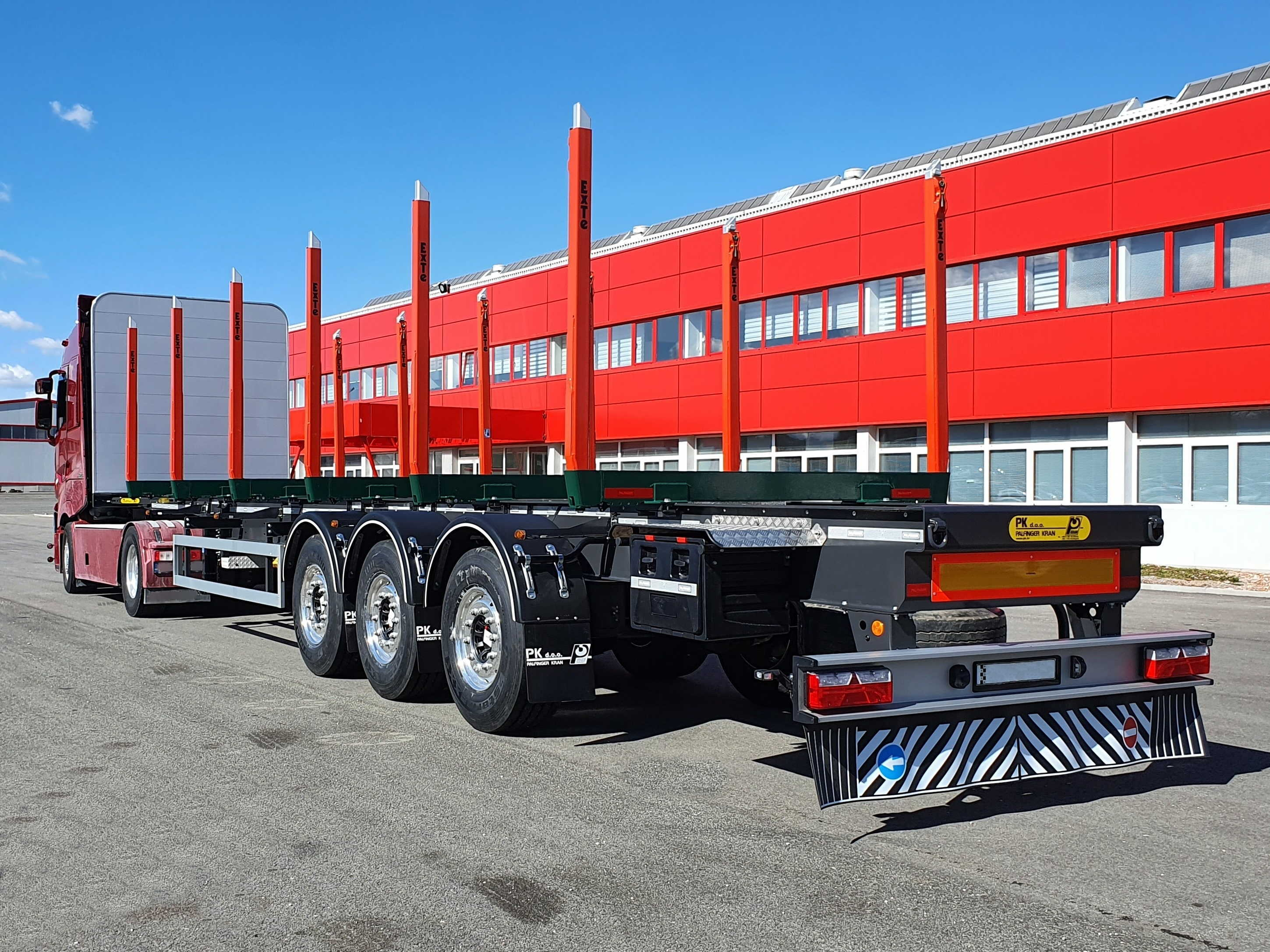 Poluprikolica_transport trupaca_Semitrailer_timber transport_8