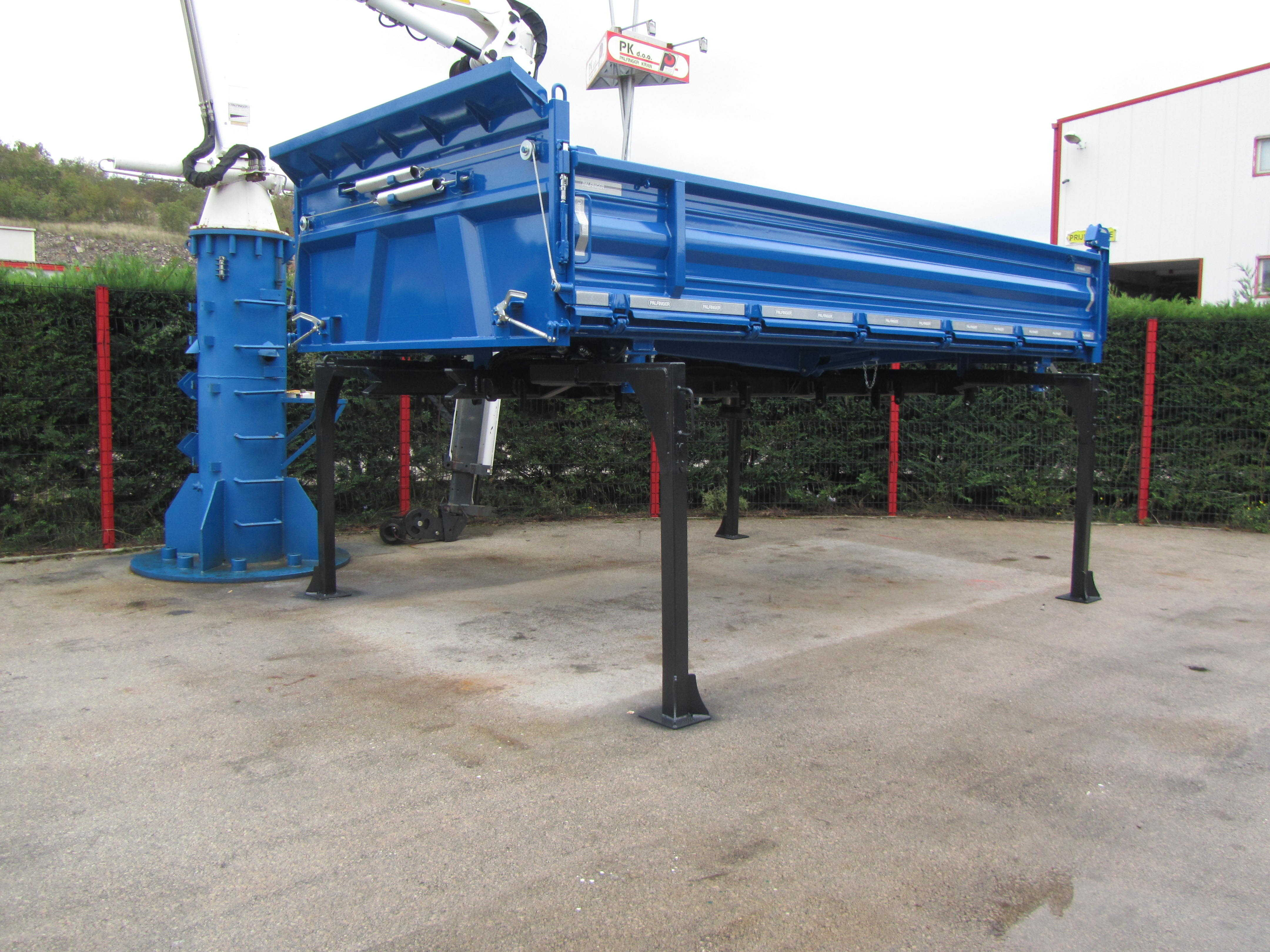 izmjenjiva-kamionska-nadogradnja-kiper-cisterna_9